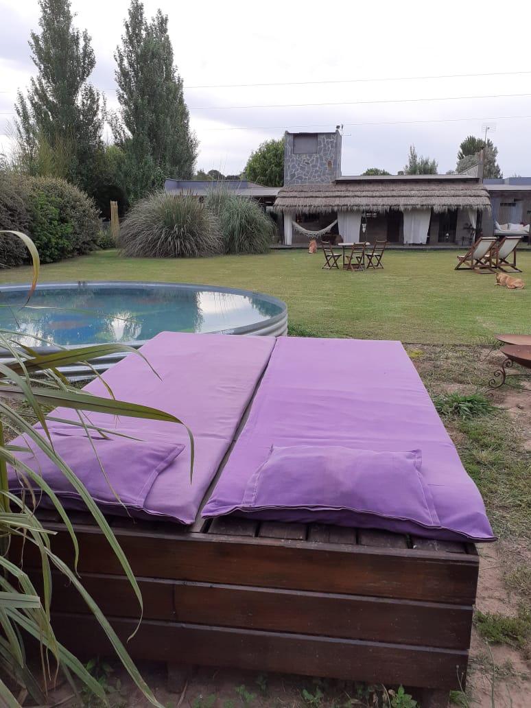 Venta de casa quinta y una cabaña en Barrio Vinelli